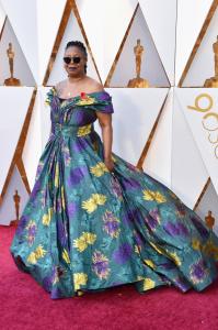 Vestidos do Oscar - WHOOPI GOLDBERG